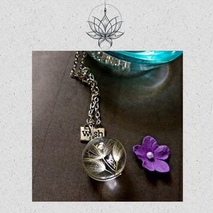 Dandelion Seed Round Glass Wish Necklace